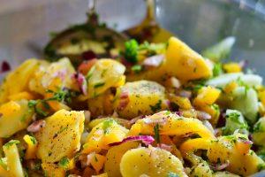 préparer une bonne salade de pommes de terre